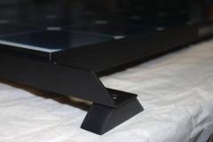 Stabile Aluminiumträger, hier schwarz eloxiert