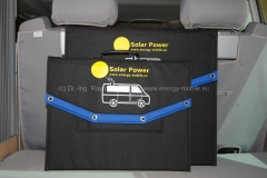 Solartaschen 120 Wp und 180 Wp auf der Heckablage